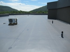 Vanguard Roofing provides flat roof replacements that will last up to 25 years in the Wappinger Falls, NY area